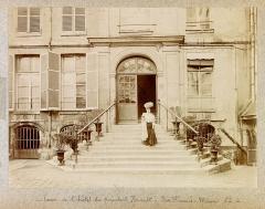 Hôtel du Président Hénault (ou Hainault) de Cantorbe - English: Planche n 21 de l'album.