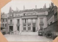 Hôtel Chéret ou Akermann - Français:   Hôtel Chéret façade cour