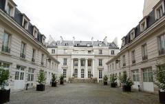 Hôtel Chéret ou Akermann - Français:   Hôtel Chéret façade sur Cour