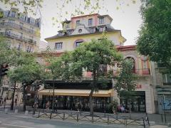 Ancien café-concert Le Bataclan - English: Bataclan. 50 Boulevard Voltaire, Paris, France.