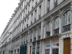 Immeubles - Français:   architecture acier brique verre pierre
