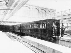Métropolitain, station Bastille - Français:   Paris - Bastille - juillet 1900