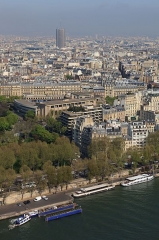 Palais d'Iéna, ancien Musée des Travaux Publics, actuel Conseil économique et social - Galego: Vista dende a torre Eiffel