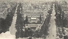 Hôtel de Günsburg - Français:   Vue depuis l\'arc de triomphe de l\'Etoile sur l\'avenue Wagram et l\'avenue Mac-Mahon. Carte postale non signée.