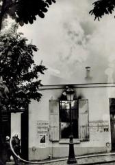 Le Bateau Lavoir - Français:   Incendie du Bateau-Lavoir en 1970 - Coll. Le Vieux Montmartre / Musée de Montmartre