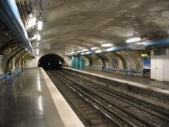 Métropolitain, station Abbesses -  Summary Abbesses metro station on Paris Metro. Photograph taken by Anton Goralchuk.