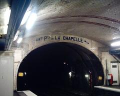 Métropolitain, station Abbesses -  Tunnel Nord de la station des Abbesses du Métropolitain de Paris.