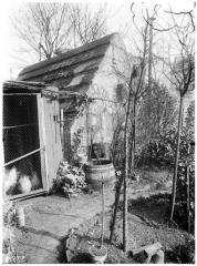 Eaux de Belleville : Regard du Chaudron - French photographer, artist and architectural photographer