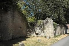 Château - Deutsch: Schloss in Égreville im Département Seine-et-Marne (Region Île-de-France/Frankreich)