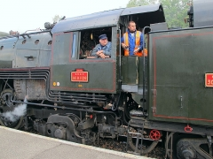 Rotonde SNCF - English: The operating crew of the locomotive 141 R 1126 at Longueville station on September 18, 2011.