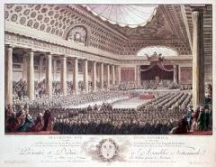 Domaine national : Hôtel des Menus-Plaisirs - Deutsch: Am 5. Mai 1789 traten – erstmals nach 175 Jahren – die Generalstände in Versailles zusammen. Stich von Isidore Helman. (Bibliothèque Nationale de France, Paris).
