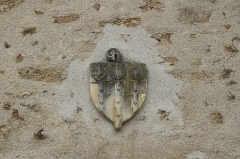Eglise Saint-Clément - Deutsch: Pfarrhaus der katholischen Pfarrkirche Saint-Clément in Arpajon im Département Essonne (Île-de-France/Frankreich), Wappen