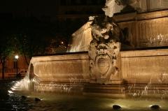 Fontaine du 19e siècle -  Fontaine Saint-Sulpice à Paris