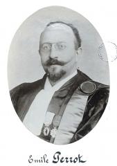 Académie de Médecine - Émile Constant Perrot, né le 14 août 1867 à Marcilly-sur-Seine et mort le 16 septembre 1951 à Paris, est un pharmacien, botaniste et mycologue français