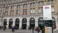 Gare Saint-Lazare - English: L'entrée de la Gare Sait-Lazare au 8ème arrondissement de Paris.