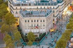 Hôtel Landolfo-Carcano, actuellement ambassade du Qatar - English: Hôtel Landolfo-Carcano from the Arc de Triomphe, Paris.