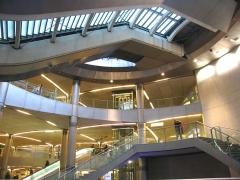 Métropolitain, station Saint-Lazare -  Métro de Paris, Salle d'échanges Saint Lazare, Paris, France
