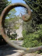 Ancienne abbaye Sainte-Croix - Français:   Guingamp - Rue de l\'Abbaye
