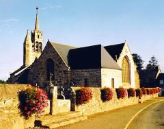 Eglise Notre-Dame - Brezhoneg: Gurunuhel. Iliz. Gevred