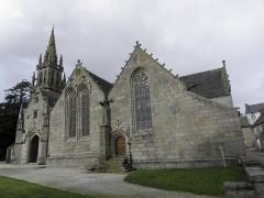 Eglise Notre-Dame - Flanc sud de l'église N.D. de Kergrist-Moëlou (22).