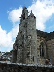 Eglise Saint-Loup - Français:   Lanloup: le clocher-tour de l\'église Saint-Loup