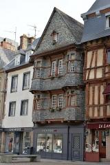 Maison du 16e siècle, dite Maison du Chapelier - Français:   Lannion, maison du Chapelier