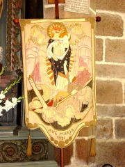 Chapelle de Notre-Dame de la Clarté - English: Banner designed by Maurice Denis and bringing the hope of the Lord of Barac'h :