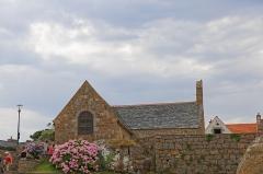 Oratoire de Saint-Guirec, à Ploumanac'h -  La côte de granite rose dans les Côtes d'Armor en suivant le chemin suivant: https://www.strava.com/activities/2556390022?share_sig=VYO8CY0Q1563903821