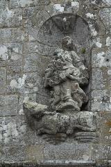 Chapelle de Perros-Hamon - Deutsch:   Kapelle von Perros-Hamon in Ploubazlanec im Département Côtes-d'Armor (Region Bretagne/Frankreich), Skulpturen am Giebel der Westfassade