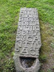 Chapelle Saint-Gonéry et cimetière -  Anno 1780 - Chapelle Saint-Gonéry - Enclos Paroissal - Plougrescant - Côtes-d\'Armor - Côte de Granit Rose - Bretagne