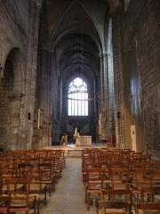 Cathédrale Saint-Etienne - Vue vers le nord du transept de la cathédrale Saint-Étienne de Saint-Brieuc (22).