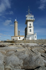 Tour et chapelle Saint-Pierre - English: Lighthouses at Point de Saint Pierre, Finistère, Brittany/France