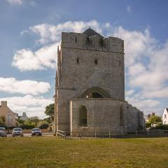 Ruines de la tour de Saint-Guénolé - Deutsch: Ruine der Kirche St-Guénolé, Penmarch, Bretagne