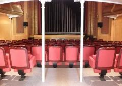 Théâtre municipal - Théâtre Victor Hugo de Fougères (35) Intérieur. Le parterre.