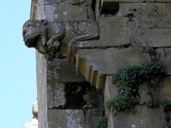 Eglise Saint-Crépin ou Saint-Crépinien - Français:   Façade nord de l\'église Saint-Crépin et saint-Crépinien de Rannée (35). Gargouille entre les 4ème et 5ème chapelles.