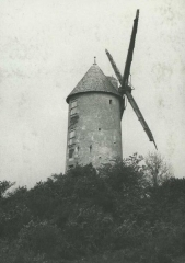 Moulin des Buttes Saint-Julien - Deutsch: Mühle in Renac