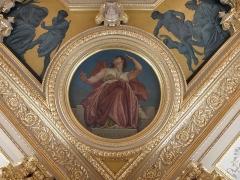 Palais de Justice - L'éloquence. Angle du plafond à caissons de la salle Jobbé-Duval du Parlement de Bretagne à Rennes (35).