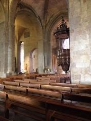 Ancienne cathédrale Saint-Vincent - Intérieur de la cathédrale Saint-Vincent de Saint-Malo (35). Dernières travées de la nef et du collatéral de l'aile Saint-Côme.