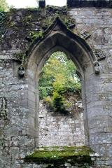 Chapelle Notre-Dame de Burgo - Chapelle Notre-Dame du Burgo: fenêtre