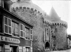 Porte-prison (anciennement porte de Broérech) -