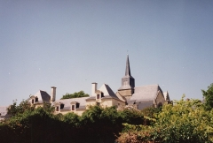 Ancien prieuré - English: Looking towards the spire of the Église de la Nativité-de-Notre-Dame located on the Île-d'Arz an island in the Gulf of Morbihan, France.