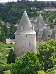 Château - Français:   Château de Josselin (Morbihan, France), vu depuis le clocher de la basilique
