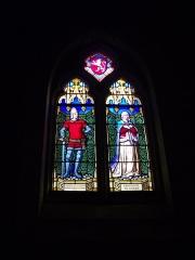 Eglise Notre-Dame-du-Roncier - Basilique Notre-Dame-du-Roncier de Josselin (Morbihan, France): vitrail d'Olivier de Clisson et Marguerite de Rohan