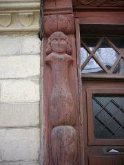 Maison datée de 1538 - Français:   Maison des cariatides, 3 rue Georges-Le-Bred, à Josselin (Morbihan, France)