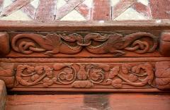 Maison datée de 1538 - Français:   Sablière sculptée avec des bas reliefs représentant des dragons ornant la maison à colombages sise au 3, rue Georges Leberd à Josselin (Morbian, France).