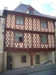 Maison du 16e siècle, dite Maison Morice - Français:   Office de tourisme, 21 rue Olivier-de-Clisson, à Josselin (Morbihan, France)