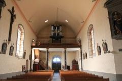 Eglise Saint-Cyr - Français:   Église Saint-Cyr (Moréac): vue de la nef depuis l\'est vers l\'ouest