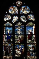 Chapelle Saint-Méen - Deutsch: Kapelle Saint-Méen in Ploemel im Département Morbihan (Region Bretagne/Frankreich), Bleiglasfenster von 1556, Darstellung: Kreuzigung Christi
