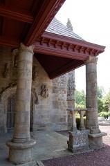 Eglise Saint-Léry - English: Main door of Saint-Léry church
