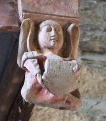 Chapelle de Saint-Gobrien - Chapelle Saint-Gobrien de Saint-Servant: ange 4/4 du plafond du retable nord
